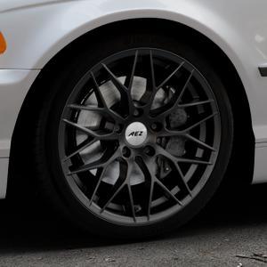 AEZ Antigua Black matt Felge mit Reifen schwarz in 18Zoll Winterfelge Alufelge auf silbernem BMW 316i Typ E46 (Limousine) 318i 320i 323i 328i 325i 330d 330xd 330i 318d 320d 325xi 330xi ⬇️ mit 15mm Tieferlegung ⬇️ Industriehalle 1 Thumbnail