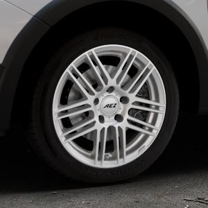 AEZ Cliff High gloss Felge mit Reifen silber in 16Zoll Winterfelge Alufelge auf silbernem Dacia Sandero Stepway II Typ SD ⬇️ mit 15mm Tieferlegung ⬇️ Industriehalle 1 Thumbnail