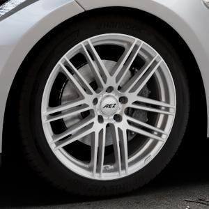 AEZ Cliff High gloss Felge mit Reifen silber in 19Zoll Winterfelge Alufelge auf silbernem Tesla Model S Typ 002 ⬇️ mit 15mm Tieferlegung ⬇️ Industriehalle 1 Thumbnail