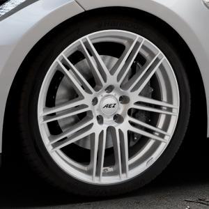 AEZ Cliff High gloss Felge mit Reifen silber in 20Zoll Winterfelge Alufelge auf silbernem Tesla Model S Typ 002 ⬇️ mit 15mm Tieferlegung ⬇️ Industriehalle 1 Thumbnail