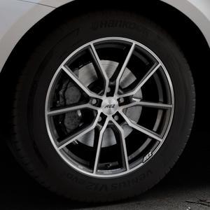 AEZ Raise Gunmetal polished Felge mit Reifen grau silber mehrfarbig in 18Zoll Alufelge auf silbernem Volvo XC60 Typ D Facelift ⬇️ mit 15mm Tieferlegung ⬇️ Industriehalle 1 Thumbnail