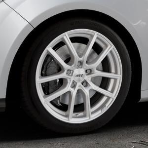 AEZ Raise High gloss Felge mit Reifen in 17Zoll Winterfelge Alufelge auf silbernem Ford Focus III Typ DYB (Schrägheck) (Stufenheck) Facelift ⬇️ mit 15mm Tieferlegung ⬇️ Industriehalle 1 Thumbnail
