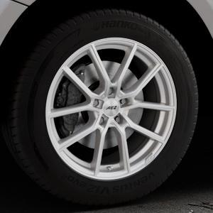 AEZ Raise High gloss Felge mit Reifen in 18Zoll Winterfelge Alufelge auf silbernem Audi Q5 I Typ 8R ⬇️ mit 15mm Tieferlegung ⬇️ Industriehalle 1 Thumbnail