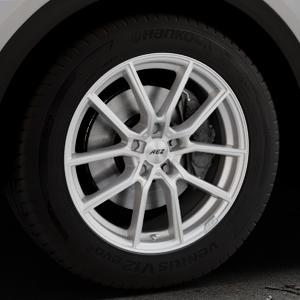 AEZ Raise High gloss Felge mit Reifen in 18Zoll Winterfelge Alufelge auf silbernem Audi Q5 II Typ FY ⬇️ mit 15mm Tieferlegung ⬇️ Industriehalle 1 Thumbnail