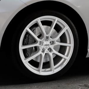AEZ Raise High gloss Felge mit Reifen in 18Zoll Winterfelge Alufelge auf silbernem Mercedes E-Klasse Typ W212 Limousine ⬇️ mit 15mm Tieferlegung ⬇️ Industriehalle 1 Thumbnail