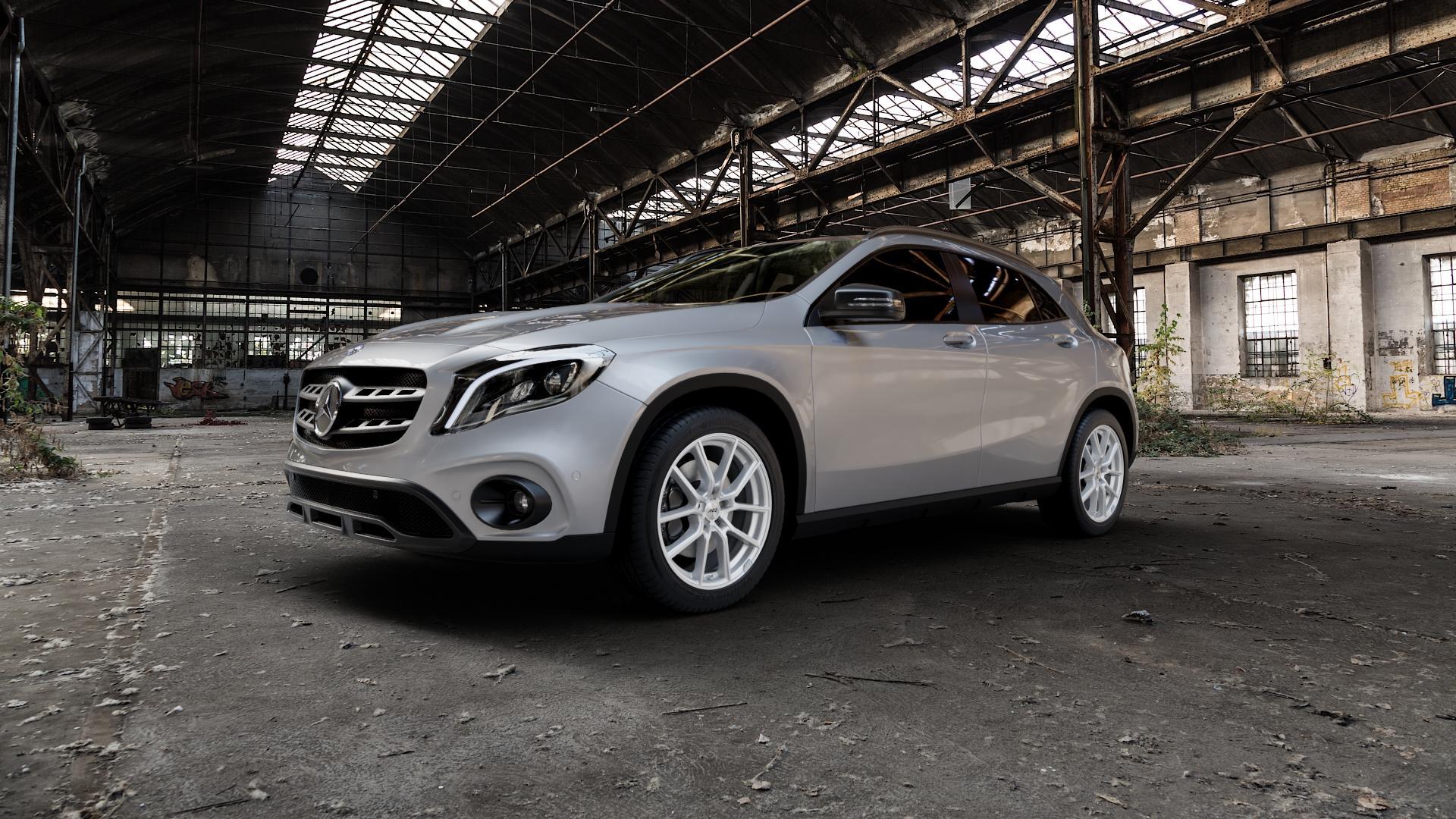 AEZ Raise High gloss Felge mit Reifen in 18Zoll Winterfelge Alufelge auf silbernem Mercedes GLA-Klasse Typ X156 Facelift ⬇️ mit 15mm Tieferlegung ⬇️ Industriehalle 1 Camera_000