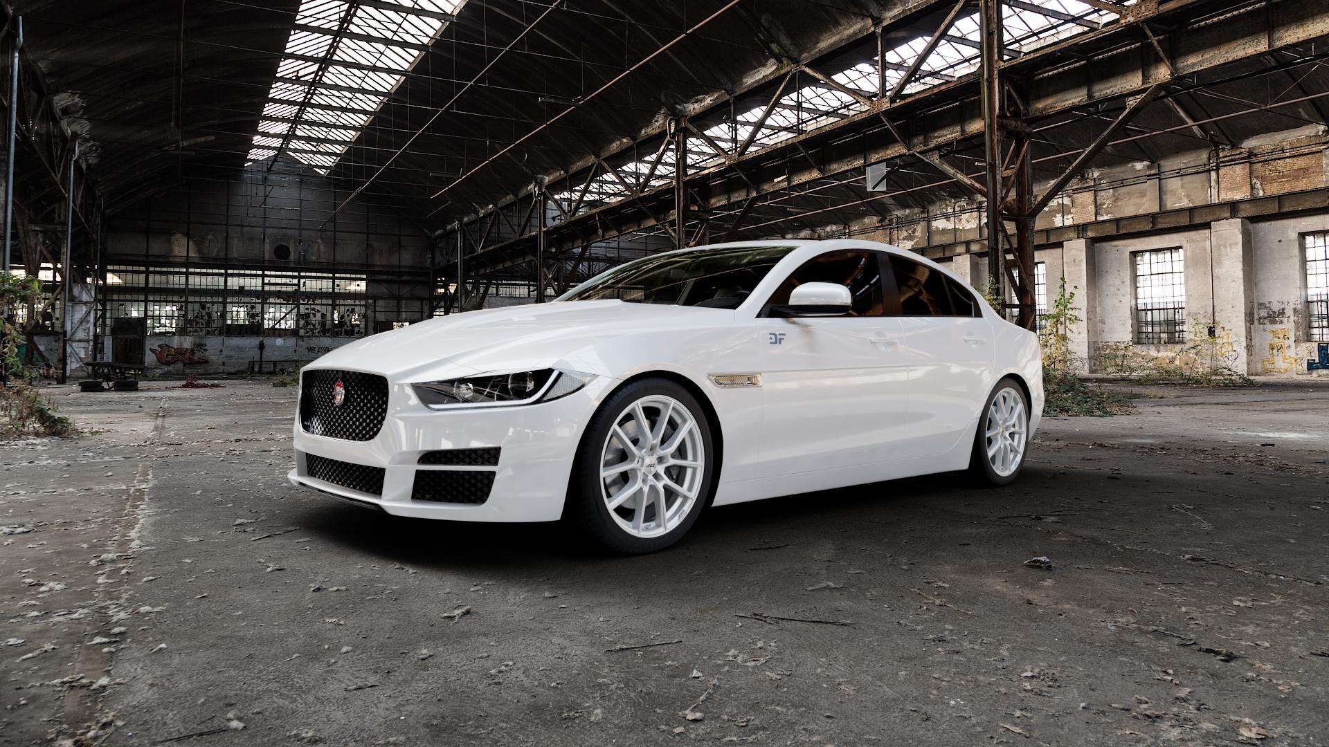 AEZ Raise High gloss Felge mit Reifen in 18Zoll Winterfelge Alufelge auf weissem Jaguar XE Typ JA ⬇️ mit 15mm Tieferlegung ⬇️ Industriehalle 1 Camera_000