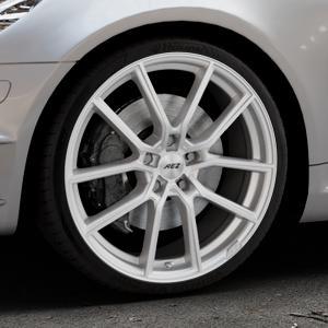 AEZ Raise High gloss Felge mit Reifen in 19Zoll Winterfelge Alufelge auf silbernem Mercedes SLK Typ R171 ⬇️ mit 15mm Tieferlegung ⬇️ Industriehalle 1 Thumbnail