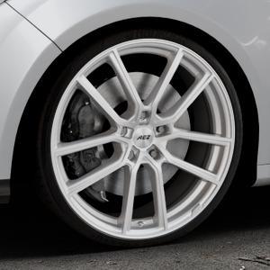 AEZ Raise High gloss Felge mit Reifen in 20Zoll Winterfelge Alufelge auf silbernem Ford Focus III Typ DYB (Schrägheck) (Stufenheck) Facelift ⬇️ mit 15mm Tieferlegung ⬇️ Industriehalle 1 Thumbnail