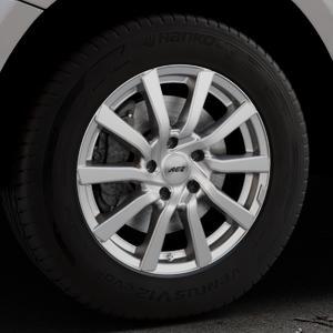 AEZ Reef Silver Felge mit Reifen silber in 17Zoll Winterfelge Alufelge auf silbernem Audi Q5 I Typ 8R ⬇️ mit 15mm Tieferlegung ⬇️ Industriehalle 1 Thumbnail