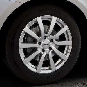 AEZ Reef Silver Felge mit Reifen silber in 18Zoll Winterfelge Alufelge auf silbernem Volvo XC60 Typ D Facelift ⬇️ mit 15mm Tieferlegung ⬇️ Industriehalle 1 Thumbnail