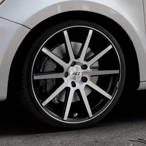AEZ Straight Black/polished front Felge mit Reifen silber schwarz mehrfarbig in 18Zoll Alufelge auf silbernem Audi A1 Typ 8X (Sportback) ⬇️ mit 15mm Tieferlegung ⬇️ Industriehalle 1 Thumbnail