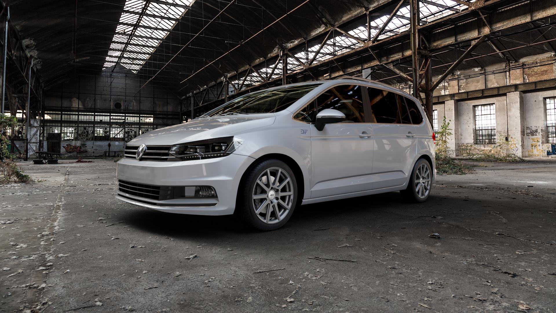 AEZ Straight Graphite matt Felge mit Reifen grau in 17Zoll Winterfelge Alufelge auf silbernem Volkswagen (VW) Touran III Typ 1T (15->) ⬇️ mit 15mm Tieferlegung ⬇️ Industriehalle 1 Camera_000