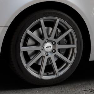 AEZ Straight Graphite matt Felge mit Reifen grau in 18Zoll Winterfelge Alufelge auf silbernem Audi A6 Typ 4F/C6 (Limousine) ⬇️ mit 15mm Tieferlegung ⬇️ Industriehalle 1 Thumbnail