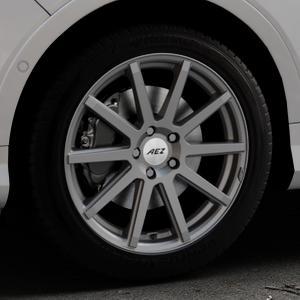 AEZ Straight Graphite matt Felge mit Reifen grau in 18Zoll Winterfelge Alufelge auf silbernem Ford Kuga II Facelift (15->) (17->) ⬇️ mit 15mm Tieferlegung ⬇️ Industriehalle 1 Thumbnail