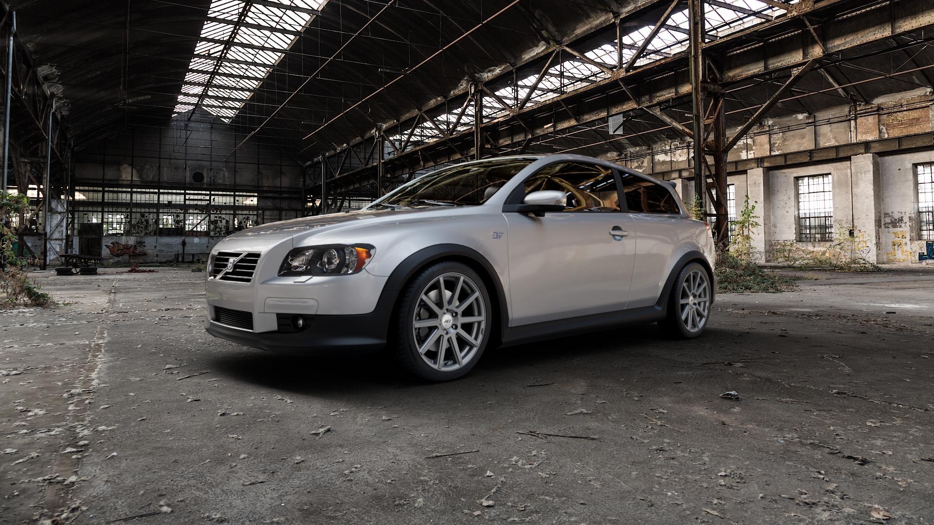 AEZ STRAIGHT GRAPHITE MATT Felge mit Reifen grau in 18Zoll Winterfelge Alufelge auf silbernem Volvo C30 ⬇️ mit 15mm Tieferlegung ⬇️ Industriehalle 1 Camera_000