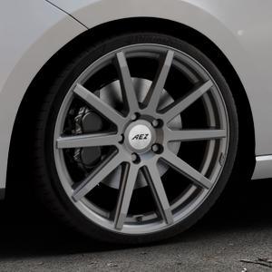 AEZ Straight Graphite matt Felge mit Reifen grau in 19Zoll Winterfelge Alufelge auf silbernem Seat Leon Typ 5F ⬇️ mit 15mm Tieferlegung ⬇️ Industriehalle 1 Thumbnail