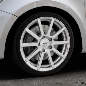 AEZ Straight Silver Felge mit Reifen silber in 17Zoll Winterfelge Alufelge auf silbernem Audi A1 Typ 8X (Sportback) ⬇️ mit 15mm Tieferlegung ⬇️ Industriehalle 1 Thumbnail
