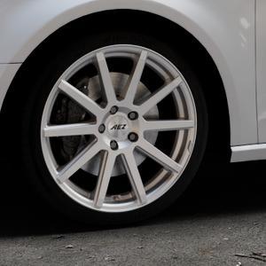 AEZ Straight Silver Felge mit Reifen silber in 18Zoll Winterfelge Alufelge auf silbernem Audi A3 Typ 8V ⬇️ mit 15mm Tieferlegung ⬇️ Industriehalle 1 Thumbnail