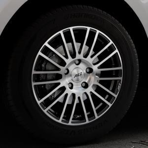 AEZ Strike Black/polished front Felge mit Reifen silber schwarz mehrfarbig in 18Zoll Alufelge auf silbernem Jaguar F-Pace Typ DC ⬇️ mit 15mm Tieferlegung ⬇️ Industriehalle 1 Thumbnail