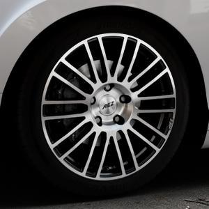 AEZ Strike Black/polished front Felge mit Reifen silber schwarz mehrfarbig in 19Zoll Alufelge auf silbernem Bentley Continental Flying Spur GT GTC ⬇️ mit 15mm Tieferlegung ⬇️ Industriehalle 1 Thumbnail