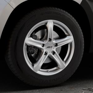 AEZ Yacht Black Felge mit Reifen schwarz in 16Zoll Winterfelge Alufelge auf silbernem Dacia Duster Typ SR ⬇️ mit 15mm Tieferlegung ⬇️ Industriehalle 1 Thumbnail