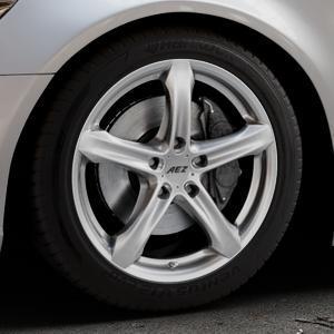AEZ Yacht Black Felge mit Reifen schwarz in 18Zoll Winterfelge Alufelge auf silbernem Audi A6 Typ 4G/C7 (Limousine) ⬇️ mit 15mm Tieferlegung ⬇️ Industriehalle 1 Thumbnail