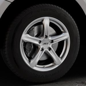 AEZ Yacht High gloss Felge mit Reifen silber in 17Zoll Winterfelge Alufelge auf silbernem Audi Q5 I Typ 8R ⬇️ mit 15mm Tieferlegung ⬇️ Industriehalle 1 Thumbnail