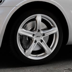 AEZ Yacht High gloss Felge mit Reifen silber in 17Zoll Winterfelge Alufelge auf silbernem Chrysler PT Cruiser Cabriolet ⬇️ mit 15mm Tieferlegung ⬇️ Industriehalle 1 Thumbnail