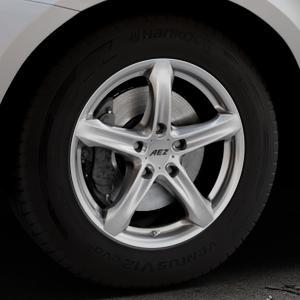 AEZ Yacht High gloss Felge mit Reifen silber in 17Zoll Winterfelge Alufelge auf silbernem Volvo XC60 Typ D Facelift ⬇️ mit 15mm Tieferlegung ⬇️ Industriehalle 1 Thumbnail