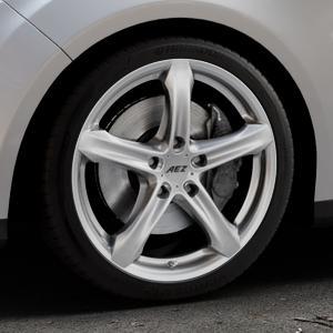 AEZ Yacht High gloss Felge mit Reifen silber in 18Zoll Winterfelge Alufelge auf silbernem Ford Focus III Typ DYB (Turnier) ⬇️ mit 15mm Tieferlegung ⬇️ Industriehalle 1 Thumbnail