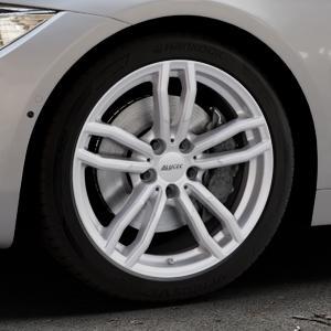 ALUTEC Drive polar-silber Felge mit Reifen in 18Zoll Winterfelge Alufelge auf silbernem BMW 420d Typ F32 (Coupé) 428i xDrive 435i 430d 420i 435d 425d F36 (Gran Coupe) 418d 418i 430i 440i ⬇️ mit 15mm Tieferlegung ⬇️ Industriehalle 1 Thumbnail