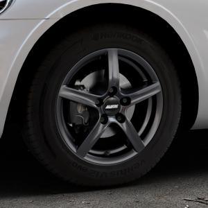 ALUTEC Grip graphit Felge mit Reifen grau in 15Zoll Winterfelge Alufelge auf silbernem Chrysler PT Cruiser Cabriolet ⬇️ mit 15mm Tieferlegung ⬇️ Industriehalle 1 Thumbnail