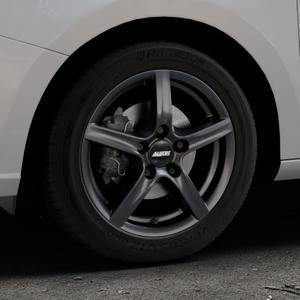 ALUTEC Grip graphit Felge mit Reifen grau in 15Zoll Winterfelge Alufelge auf silbernem Skoda Fabia III Typ 5J ⬇️ mit 15mm Tieferlegung ⬇️ Industriehalle 1 Thumbnail