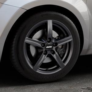 ALUTEC Grip graphit Felge mit Reifen grau in 16Zoll Winterfelge Alufelge auf silbernem Alfa Romeo Mito Typ 955 ⬇️ mit 15mm Tieferlegung ⬇️ Industriehalle 1 Thumbnail