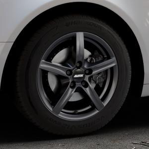 ALUTEC Grip graphit Felge mit Reifen grau in 16Zoll Winterfelge Alufelge auf silbernem Audi A6 Typ 4F/C6 (Limousine) ⬇️ mit 15mm Tieferlegung ⬇️ Industriehalle 1 Thumbnail
