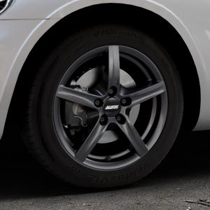 ALUTEC Grip graphit Felge mit Reifen grau in 16Zoll Winterfelge Alufelge auf silbernem Chrysler PT Cruiser Cabriolet ⬇️ mit 15mm Tieferlegung ⬇️ Industriehalle 1 Thumbnail
