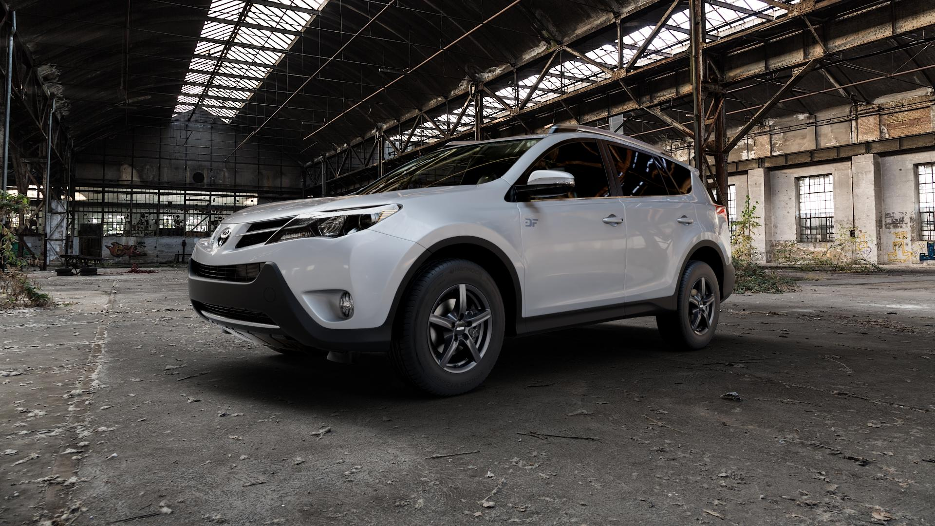 ALUTEC Grip graphit Felge mit Reifen grau in 16Zoll Winterfelge Alufelge auf silbernem Toyota RAV 4 IV Typ XA3(a) Facelift XA3(a), XA4 ⬇️ mit 15mm Tieferlegung ⬇️ Industriehalle 1 Camera_000