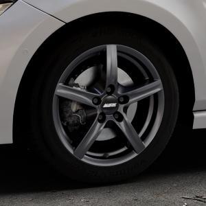 ALUTEC Grip graphit Felge mit Reifen grau in 16Zoll Winterfelge Alufelge auf silbernem Volkswagen (VW) Polo VI Typ AW ⬇️ mit 15mm Tieferlegung ⬇️ Industriehalle 1 Thumbnail