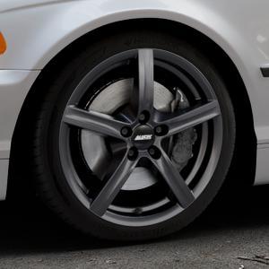 ALUTEC Grip graphit Felge mit Reifen grau in 17Zoll Winterfelge Alufelge auf silbernem BMW 316i Typ E46 (Limousine) 318i 320i 323i 328i 325i 330d 330xd 330i 318d 320d 325xi 330xi ⬇️ mit 15mm Tieferlegung ⬇️ Industriehalle 1 Thumbnail