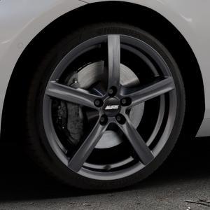 ALUTEC Grip graphit Felge mit Reifen grau in 18Zoll Winterfelge Alufelge auf silbernem BMW 214d Typ F2AT (F45 Active Tourer) 216d 216i 218d 218i 220d xDrive 220i 225i 225xe ⬇️ mit 15mm Tieferlegung ⬇️ Industriehalle 1 Thumbnail