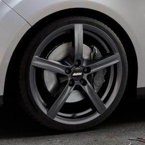 ALUTEC Grip graphit Felge mit Reifen grau in 18Zoll Winterfelge Alufelge auf silbernem Ford Focus III Typ DYB (Turnier) ⬇️ mit 15mm Tieferlegung ⬇️ Industriehalle 1 Thumbnail