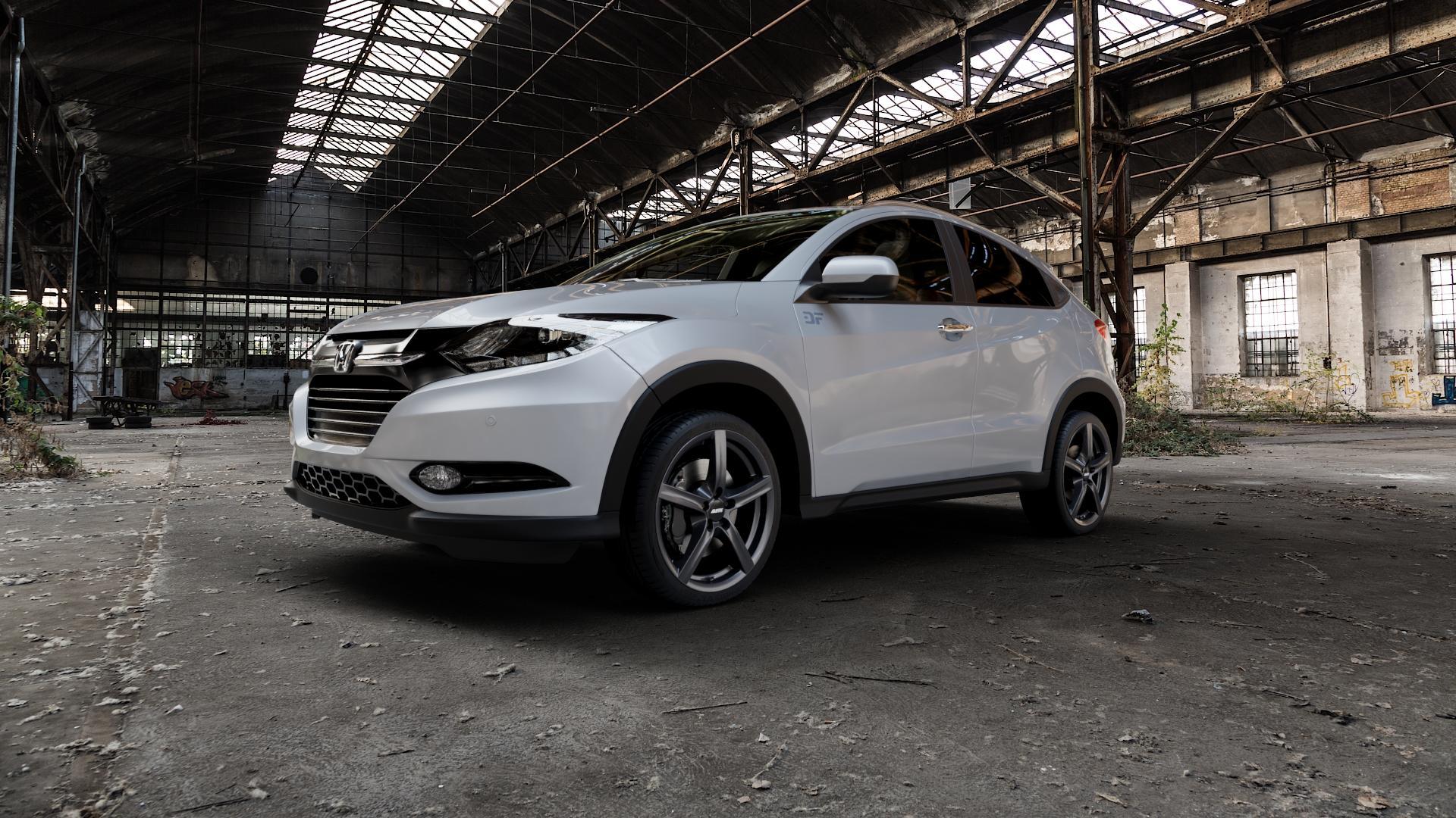 ALUTEC Grip graphit Felge mit Reifen grau in 18Zoll Winterfelge Alufelge auf silbernem Honda HR-V II (RU) ⬇️ mit 15mm Tieferlegung ⬇️ Industriehalle 1 Camera_000
