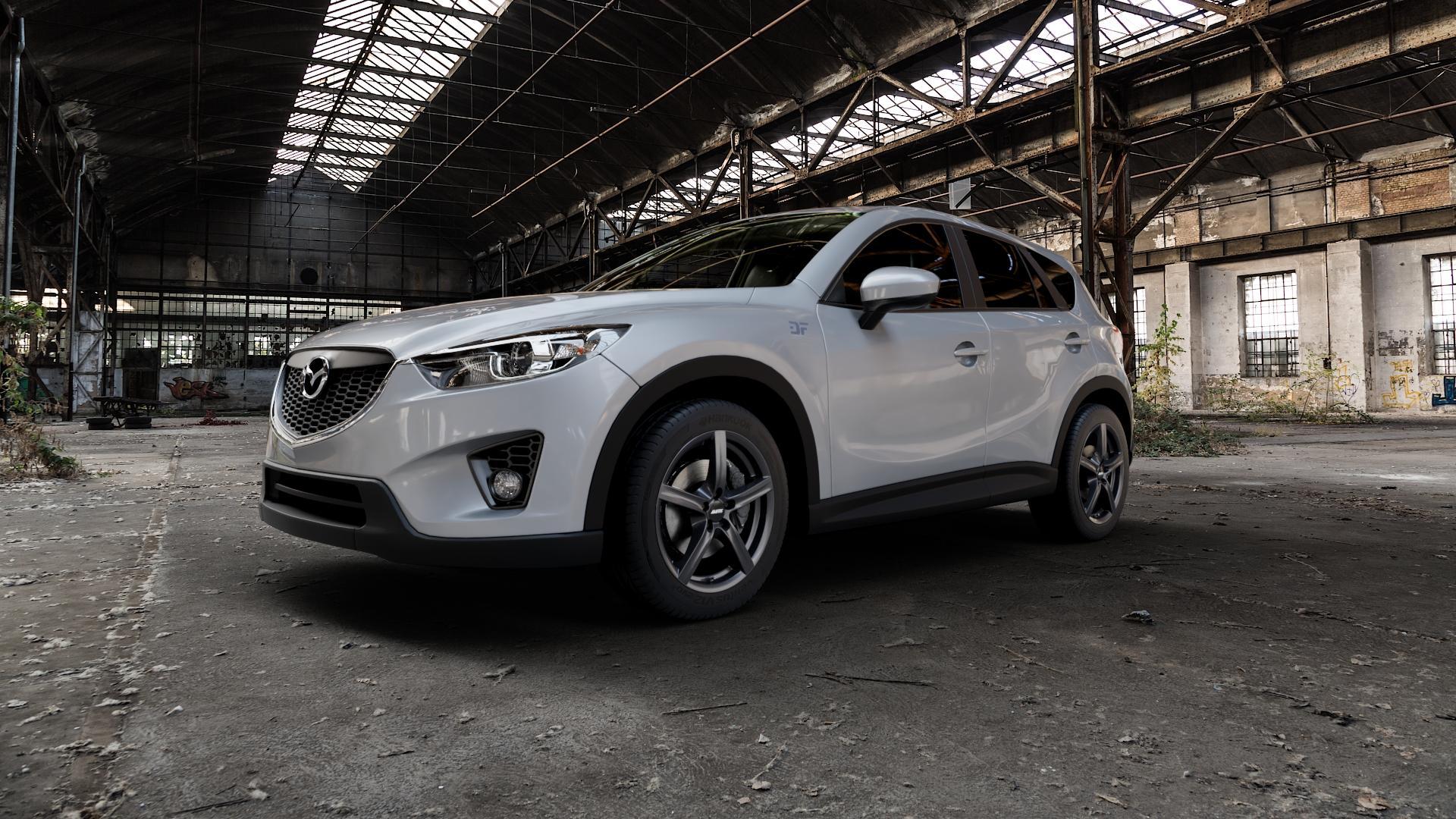 ALUTEC Grip graphit Felge mit Reifen grau in 18Zoll Winterfelge Alufelge auf silbernem Mazda CX-5 Typ KE ⬇️ mit 15mm Tieferlegung ⬇️ Industriehalle 1 Camera_000