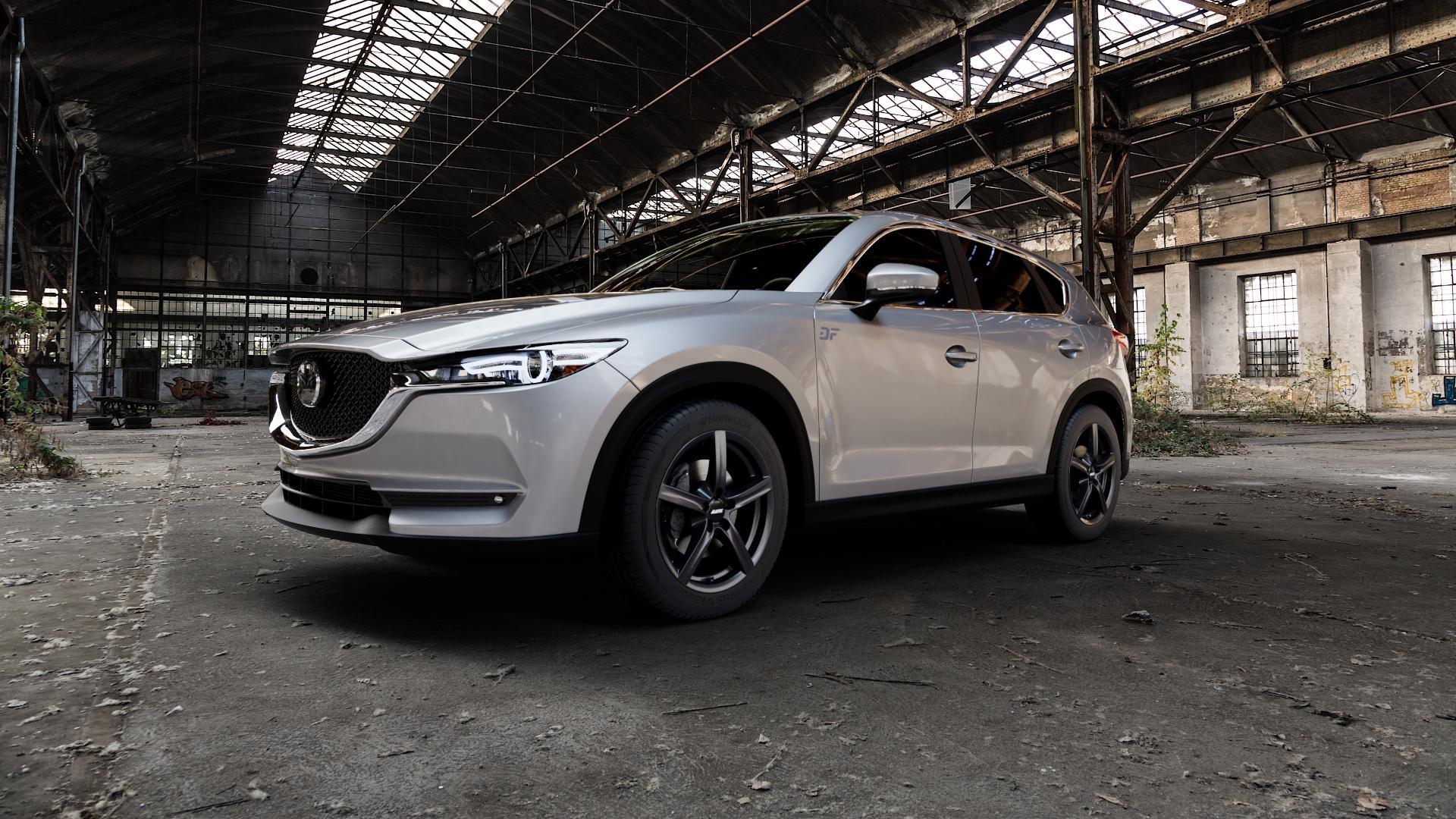 ALUTEC Grip graphit Felge mit Reifen grau in 18Zoll Winterfelge Alufelge auf silbernem Mazda CX-5 Typ KF ⬇️ mit 15mm Tieferlegung ⬇️ Industriehalle 1 Camera_000