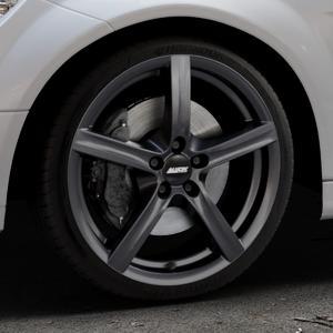 ALUTEC Grip graphit Felge mit Reifen grau in 18Zoll Winterfelge Alufelge auf silbernem Mercedes C-Klasse Typ W204 Limousine ⬇️ mit 15mm Tieferlegung ⬇️ Industriehalle 1 Thumbnail