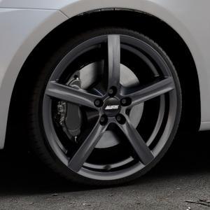 ALUTEC Grip graphit Felge mit Reifen grau in 18Zoll Winterfelge Alufelge auf silbernem Suzuki Swift V Typ NZ FZ ⬇️ mit 15mm Tieferlegung ⬇️ Industriehalle 1 Thumbnail