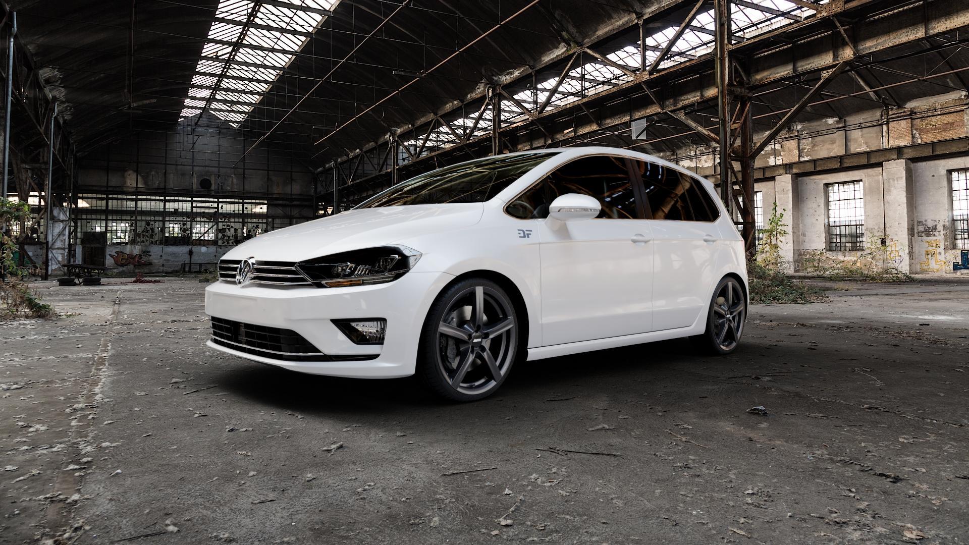 ALUTEC Grip graphit Felge mit Reifen grau in 18Zoll Winterfelge Alufelge auf weissem Volkswagen (VW) Golf 7 Sportsvan ⬇️ mit 15mm Tieferlegung ⬇️ Industriehalle 1 Camera_000