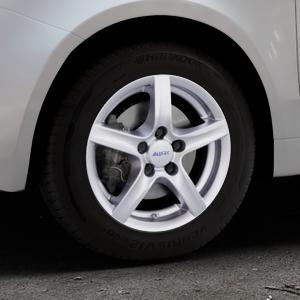 ALUTEC Grip polar-silber Felge mit Reifen in 14Zoll Winterfelge Alufelge auf silbernem Fiat 500 Typ 312 Cabrio Facelift ⬇️ mit 15mm Tieferlegung ⬇️ Industriehalle 1 Thumbnail