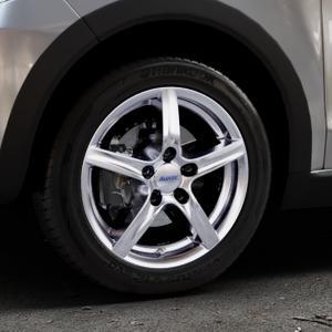 ALUTEC Grip polar-silber Felge mit Reifen in 15Zoll Winterfelge Alufelge auf silbernem Volkswagen (VW) UP Cross ⬇️ mit 15mm Tieferlegung ⬇️ Industriehalle 1 Thumbnail